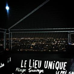Vista nocturna dende a Torre de Bretaña (Nantes)