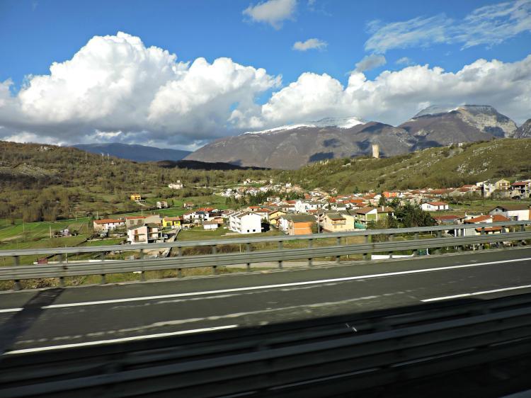Paisaxes do Lazio no percorrido entre Roma e Teramo