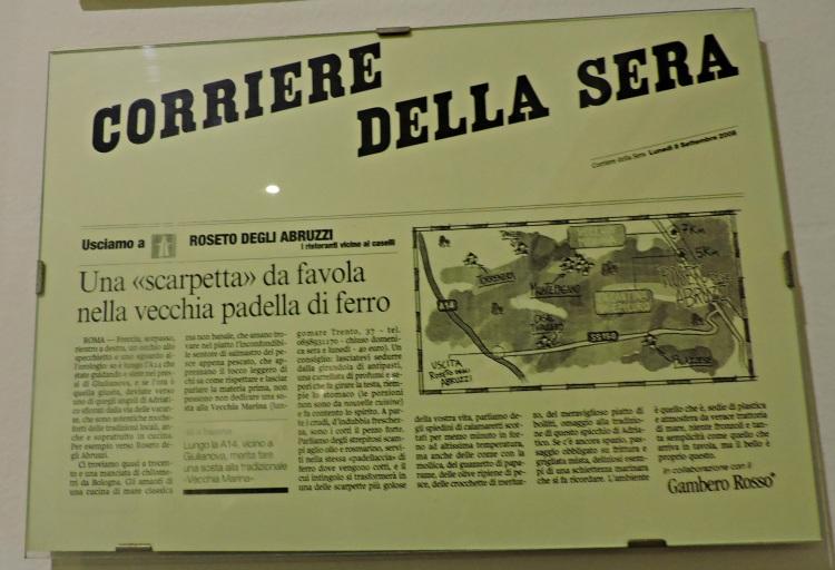 Recortes de prensa no restaurante Vecchia Marina de Roseto