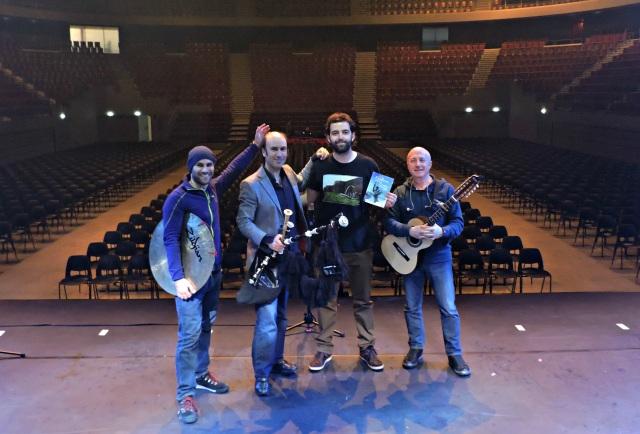 Xurxo Núñez, Carlos Núñez, Guido Álvarez e Pancho Álvarez. No Brest Arena