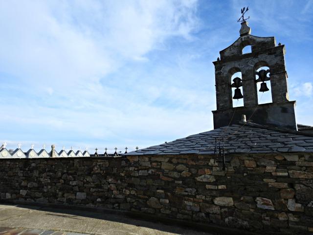 Igrexa de Santa María Magdalena (s. XVII) no concello de Grandas