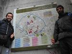 Con Sebastián Porto na subida dende A Chanca ata a Muralla Romana. Plano da cidade de Lugo