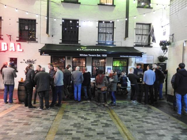 Whites Tavern, o bar máis antigo da illa de Irlanda, fundado no ano 1630