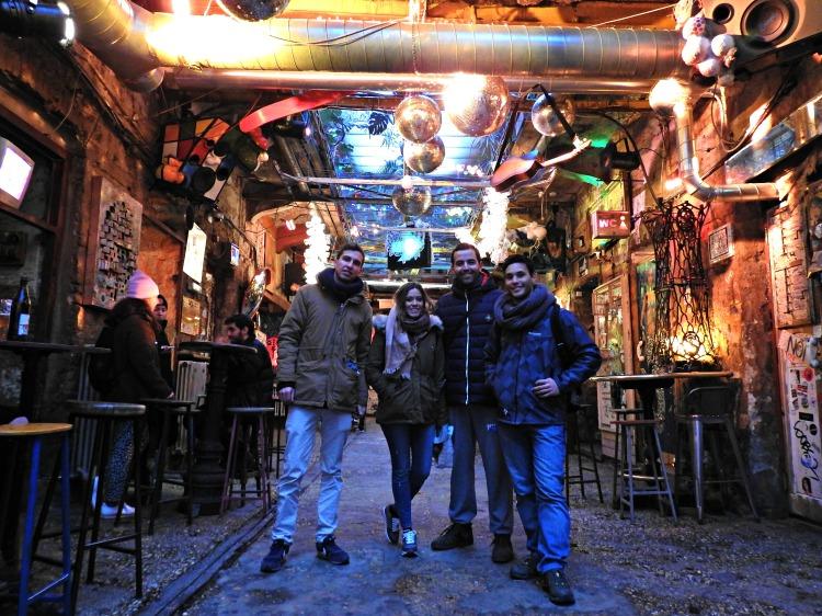 No Szimpla Kert con amigos de Granada e Arxentina
