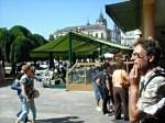 Viaxeiros na Praza Maior de Lugo
